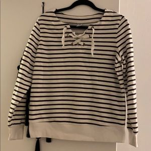OLD NAVY STRIPED SWEATER